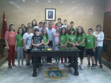 Presentación del Grupo Esperanza al alcalde de Calasparra