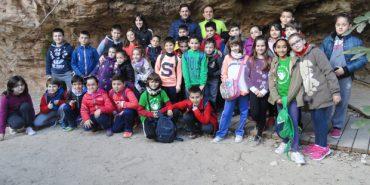 Marcha y visita a la Cueva de los Monigotes
